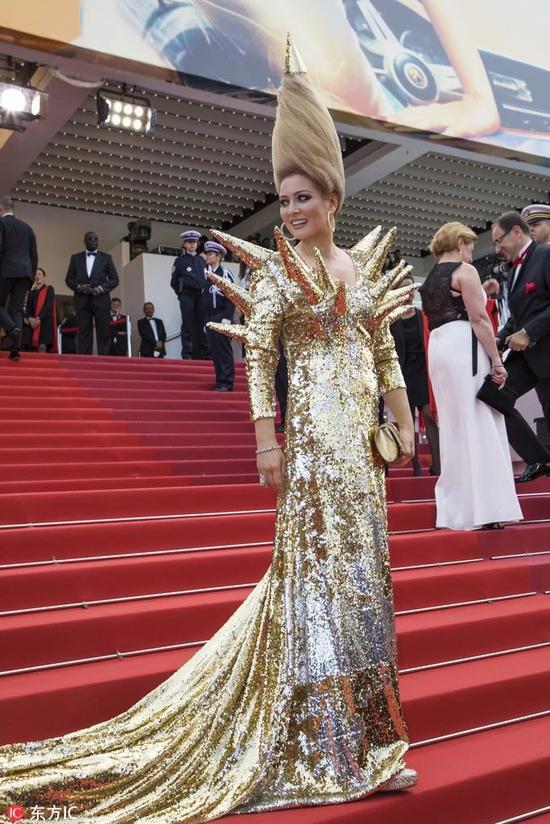 Các người đẹp vô danh Hoa ngữ chi bao nhiêu tiền để được đi thảm đỏ Cannes? - Ảnh 7.