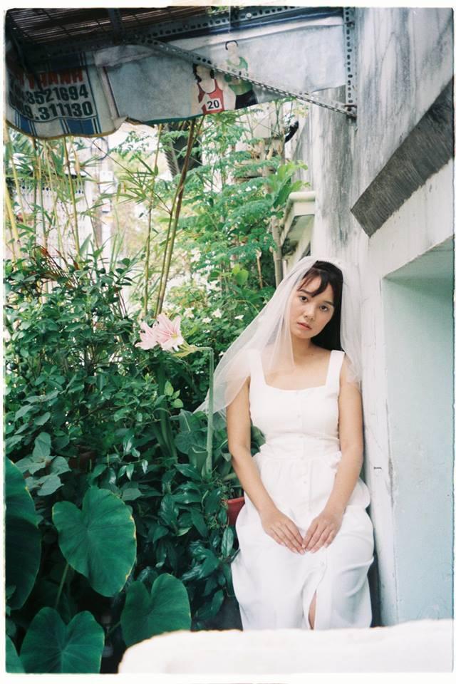 30 phút tại vườn cây nhà bác hàng xóm và bộ ảnh cưới tung lên giữa ngày hè nóng nực nhưng khiến ai cũng phải trầm trồ - ảnh 3