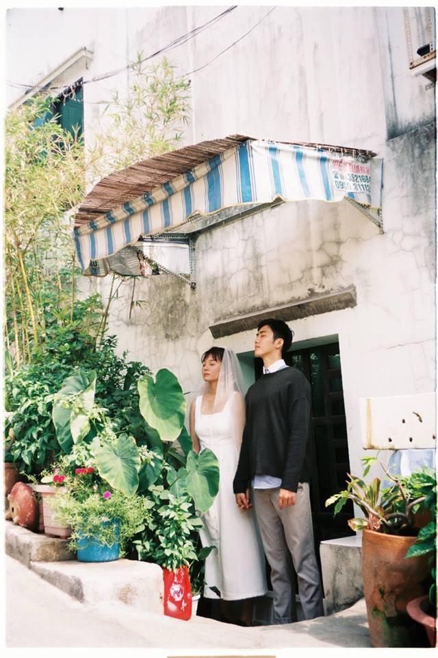 30 phút tại vườn cây nhà bác hàng xóm và bộ ảnh cưới tung lên giữa ngày hè nóng nực nhưng khiến ai cũng phải trầm trồ - ảnh 2