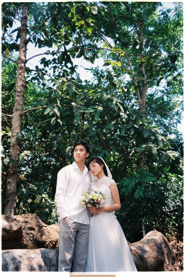 30 phút tại vườn cây nhà bác hàng xóm và bộ ảnh cưới tung lên giữa ngày hè nóng nực nhưng khiến ai cũng phải trầm trồ - ảnh 5