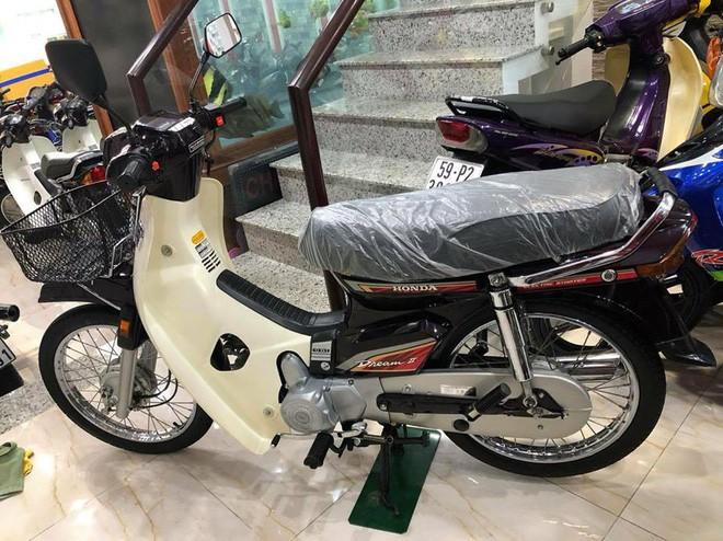 Chiếc xe Honda Dream II 16 năm tuổi được rao bán gần 1,2 tỷ đồng khiến cư dân mạng tranh cãi - Ảnh 10.