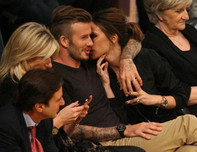 21 năm marathon của vợ chồng David - Victoria Beckham: Từ cuộc tình bị ruồng bỏ đến tượng đài hôn nhân - Ảnh 11.