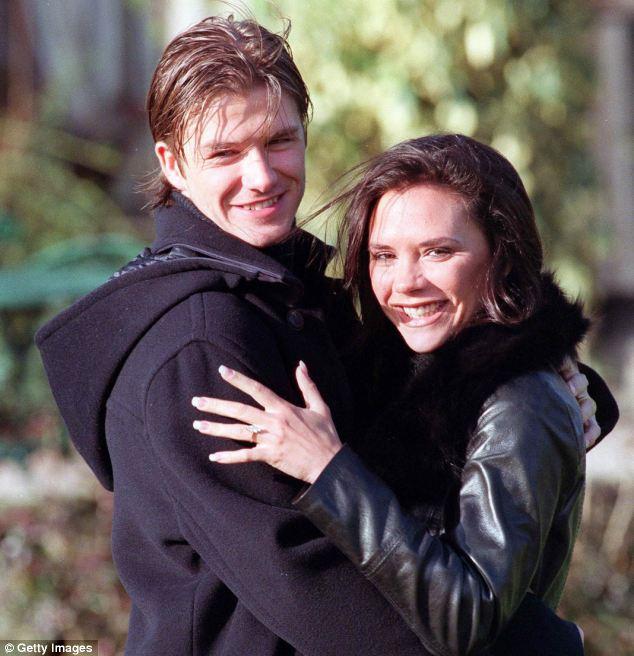 21 năm marathon của vợ chồng David - Victoria Beckham: Từ cuộc tình bị ruồng bỏ đến tượng đài hôn nhân - Ảnh 1.