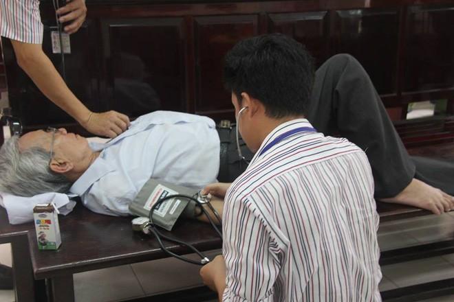 Thẩm phán Thiện nói nếu phạt tù, ông Nguyễn Khắc Thủy sẽ tìm đến cái chết - Ảnh 1.