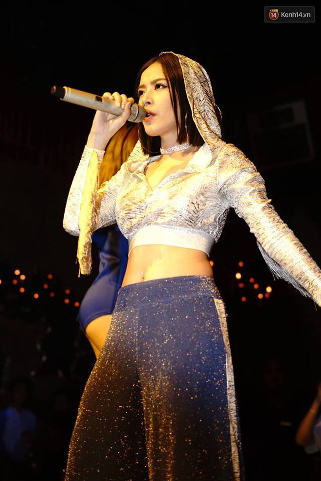 Chi Pu mặc thế này, khối người lại tưởng Selena Gomez vừa đến Hà Nội diễn - Ảnh 6.