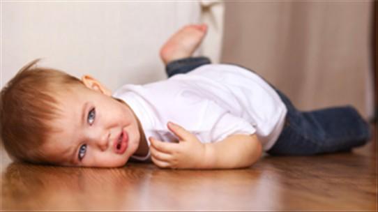 Sơ cứu nhanh chóng khi bị đập đầu xuống đất, tránh biến chứng chấn thương sọ não cực nguy hiểm - Ảnh 3.
