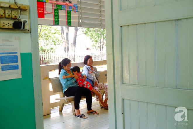 Bác sĩ Nhi đồng cảnh báo: Trẻ bị ho gà tăng mạnh, cha mẹ có thể mất con nếu lơ là không tiêm vắc-xin - Ảnh 7.