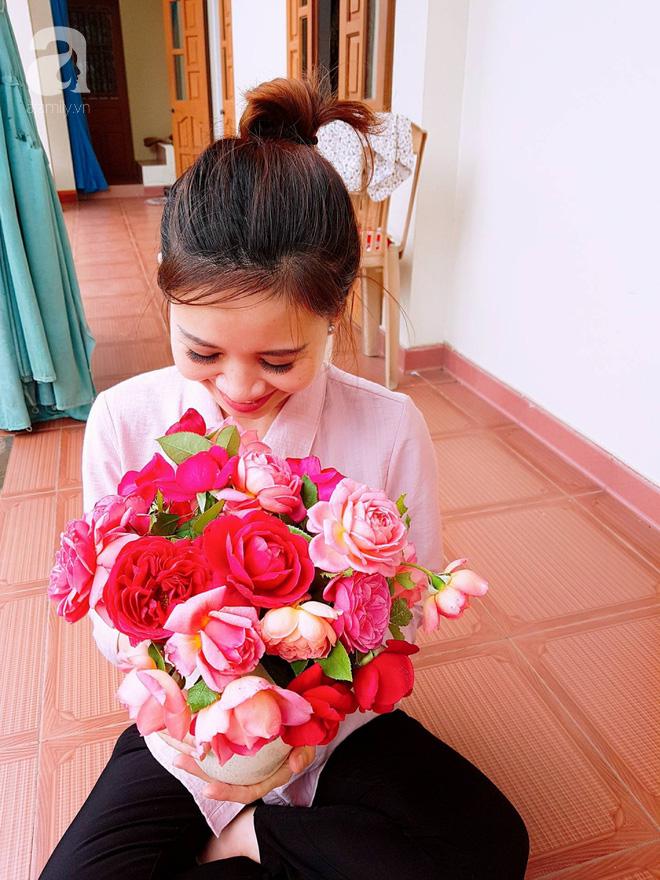Ngắm khu vườn hoa hồng rộng đến 3 ha đẹp ngất ngây đã giúp cô gái 27 tuổi thoát khỏi bệnh trầm cảm ở Hà Nội - Ảnh 12.