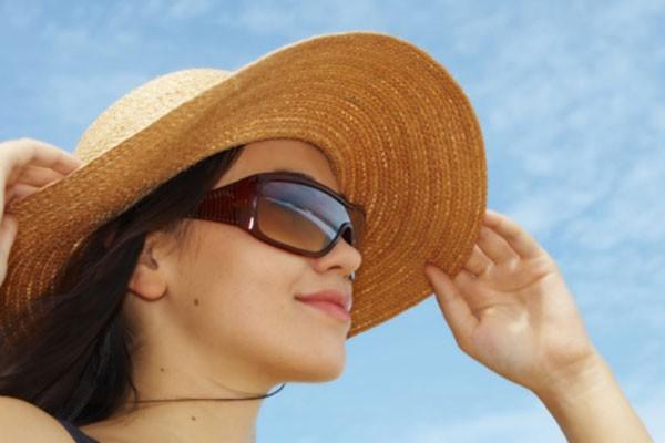 Đâu là căn bệnh nguy hiểm nhất khi trời nắng nóng mà ai cũng phải tránh - Ảnh 2.