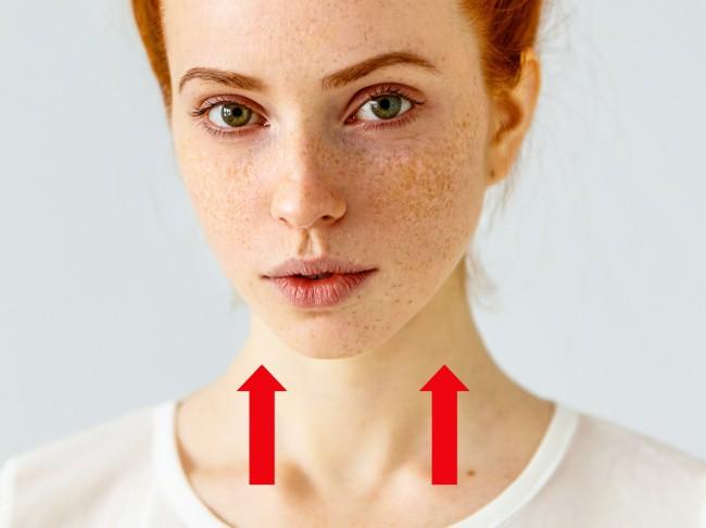 7 cách hiệu quả làm cho cổ của bạn trông trẻ hơn, không còn tình trạng mặt xinh mà cổ xấu xí - Ảnh 6.
