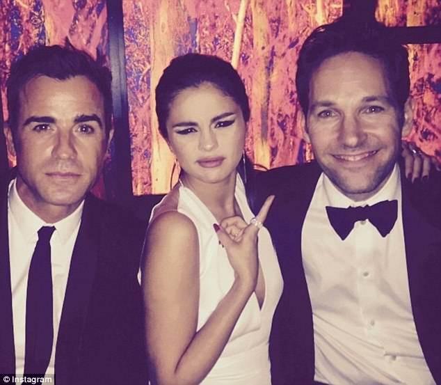 Sau khi ly hôn Jennifer Aniston, Justin Theroux đã nhanh chóng hẹn hò với Emma Stone? - Ảnh 2.