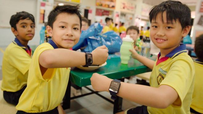 Hướng dẫn bố mẹ đăng ký tuyển sinh trực tuyến vào lớp 1 năm học 2018 - 2019 trên địa bàn Hà Nội - Ảnh 1.