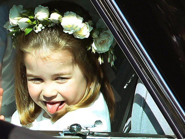Mới 3 tuổi nhưng Công chúa Charlotte đã vượt mặt anh trai về sức ảnh hưởng trong ngành thời trang - Ảnh 9.