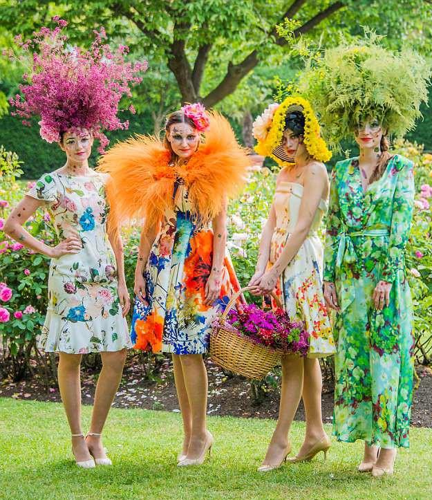 Bộ sưu tập thời trang từ hoa tuyệt đẹp của các nhà thiết kế Hoàng gia Anh - Ảnh 8.