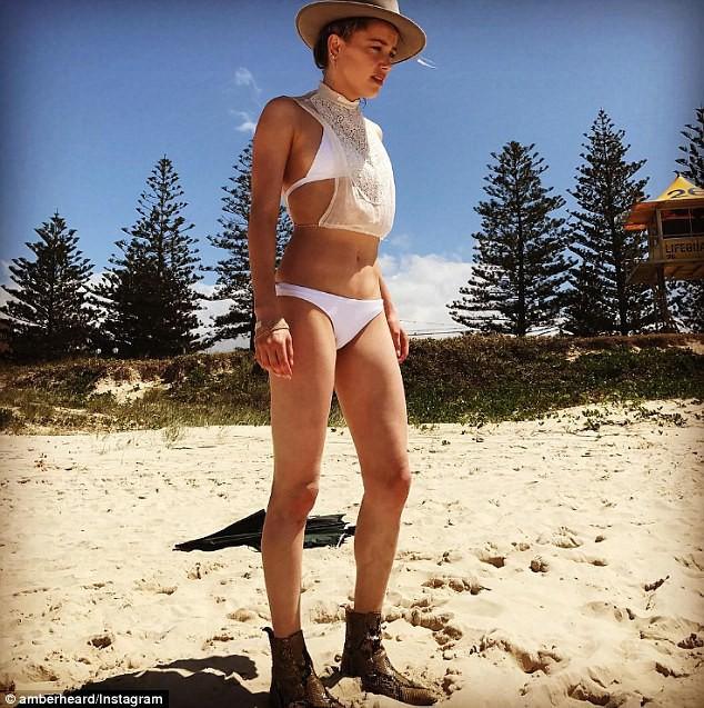 Không thích tập luyện tại phòng tập, Amber Heard vẫn giữ dáng hoàn hảo để xứng danh quyến rũ nhất thế giới nhờ cách này - Ảnh 7.