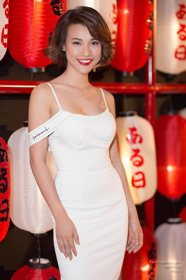 Chỉ diện đồ đen trắng nhưng loạt sao Việt này vẫn sang chảnh đầy thu hút trong top sao mặc đẹp tháng 5 - Ảnh 16.