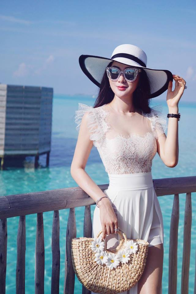 Cứ nói mãi về Ngọc Trinh hay Hà Hồ, ai ngờ showbiz Việt còn có người đẹp này cũng là tay chơi hàng hiệu đáng gờm - Ảnh 11.