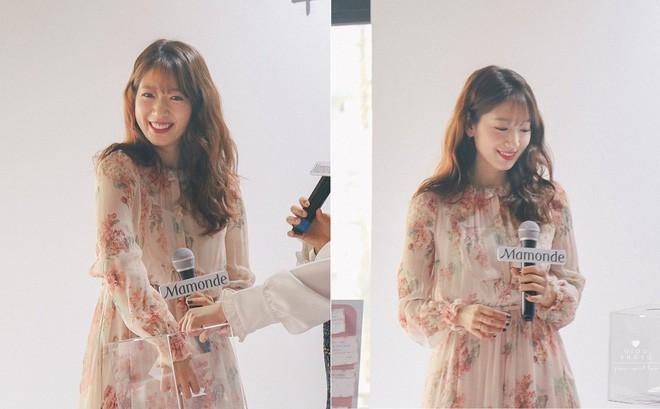 Cơn sốt của chiếc váy hoa quốc dân: Đến cả Song Hye Kyo cũng chọn mặc để đóng quảng cáo đây này! - Ảnh 8.