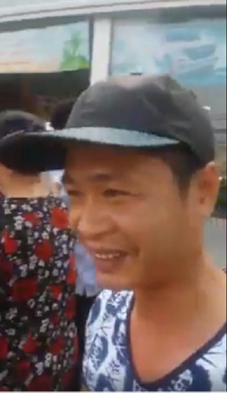 Hà Nội: Tài xế taxi tốt bụng trả lại 20 triệu tiền chữa bệnh cho người phụ nữ đánh rơi - Ảnh 3.