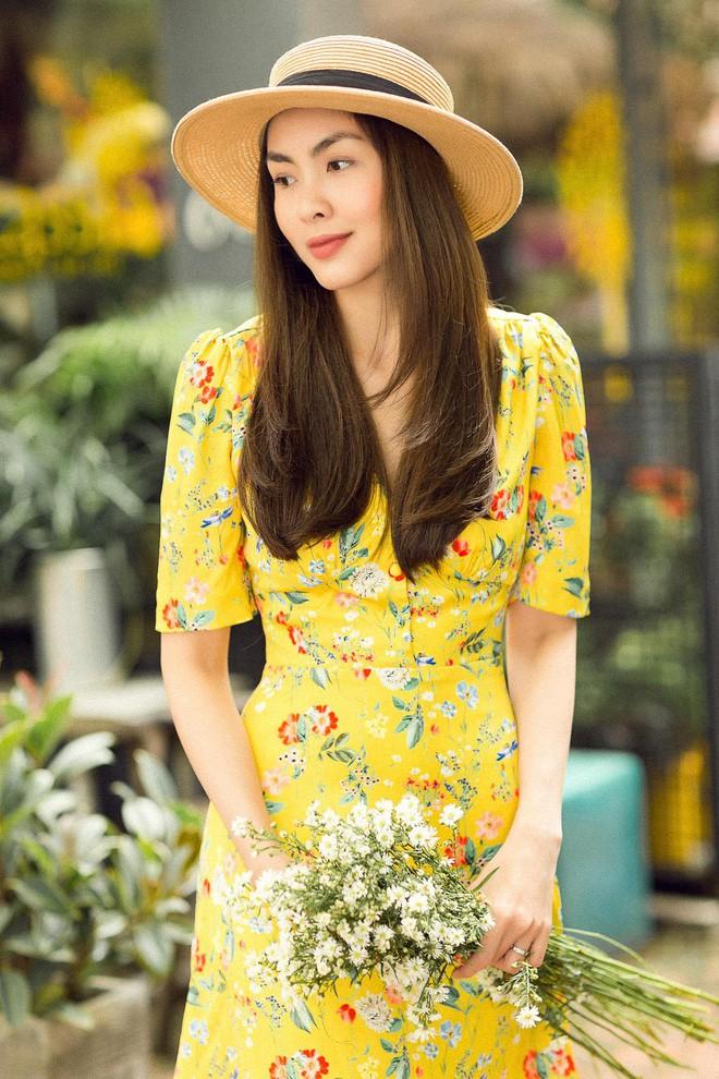 Học sao Việt cách chọn và kết hợp mũ cói sao cho thật duyên dáng khi diện cùng trang phục hè - Ảnh 1.