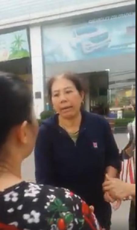 Hà Nội: Tài xế taxi tốt bụng trả lại 20 triệu tiền chữa bệnh cho người phụ nữ đánh rơi - Ảnh 2.