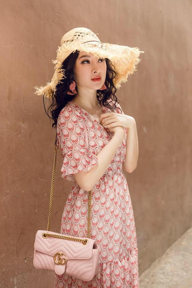 Học sao Việt cách chọn và kết hợp mũ cói sao cho thật duyên dáng khi diện cùng trang phục hè - Ảnh 19.