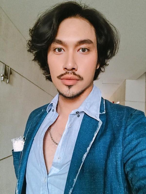 Được mời đích danh bởi hội đồng Met Gala, fashionista Nga Nguyễn trở thành gương mặt Việt Nam đầu tiên xuất hiện trên thảm đỏ đình đám - Ảnh 6.