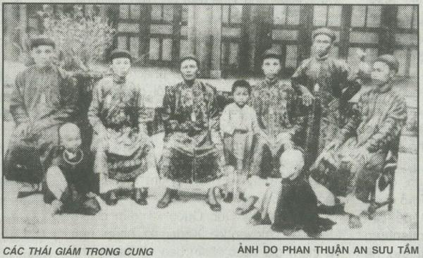 Thái giám trong cung đình Việt Nam xưa: Chịu đau đớn tịnh thân từ nhỏ, về già sống hiu quạnh, chết bên cạnh chẳng một người thân - Ảnh 1.