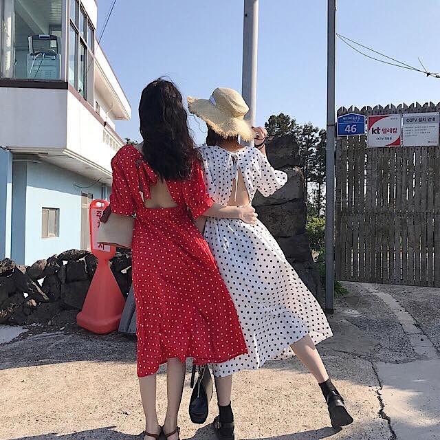 Nữ tính điệu đà mà vẫn sexy hết nấc, hèn gì váy vải hở lưng được con gái Hàn thi nhau diện hè này - Ảnh 15.