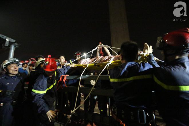 Nam thanh niên thoát chết thần kỳ khi bị rơi từ trên cầu Nhật Tân xuống bãi bồi do đi nhặt flycam - Ảnh 4.