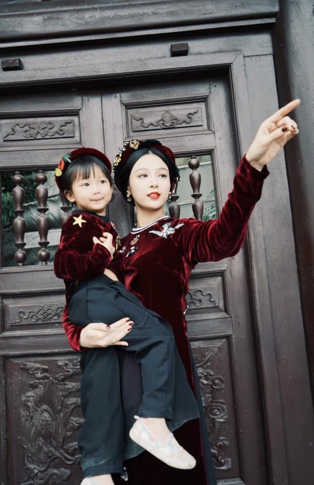 Ghen tị với tổ ấm chồng chiều con ngoan của những hot girl Việt đình đám - Ảnh 4.
