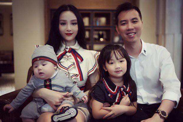 Ghen tị với tổ ấm chồng chiều con ngoan của những hot girl Việt đình đám - Ảnh 7.