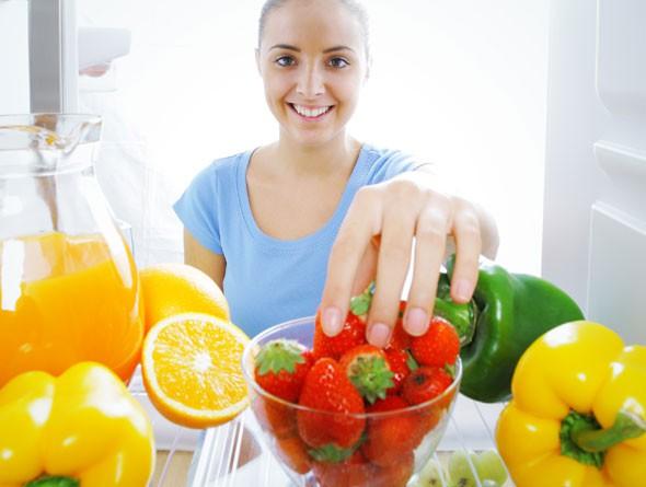 Hãy tạo cho mình những thói quen này hàng ngày để ngăn ngừa các triệu chứng đau khớp ở đầu gối, hông và bàn tay - Ảnh 4.