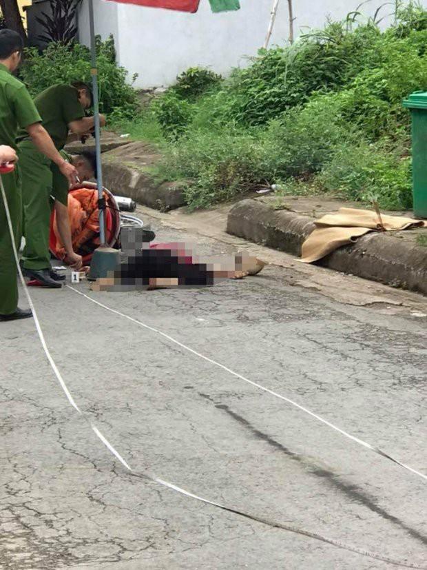 Hà Giang: Chị dâu đang đi trên đường bất ngờ bị em chồng chặn đâm tử vong - Ảnh 1.