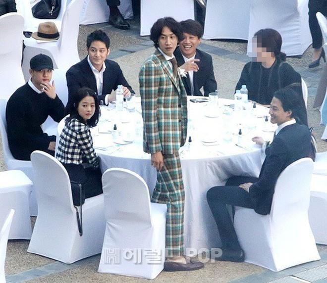 Những đám cưới có dàn khách mời khủng nhất xứ Hàn: Toàn minh tinh, Song Song không đọ được với Jang Dong Gun? - Ảnh 23.