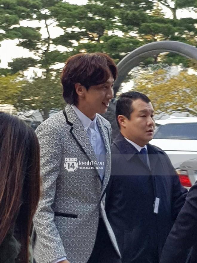 Những đám cưới có dàn khách mời khủng nhất xứ Hàn: Toàn minh tinh, Song Song không đọ được với Jang Dong Gun? - Ảnh 6.