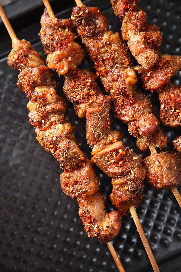 Thịt xiên nướng ướp công thức này đảm bảo ai ăn cũng ngất ngây - Ảnh 7.