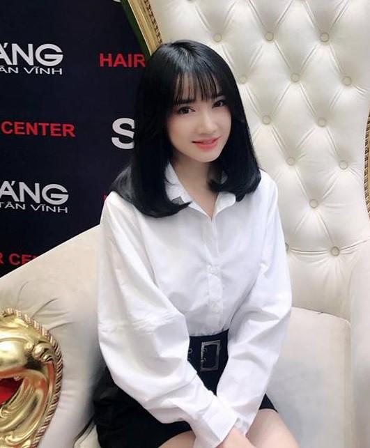 Khi đồn đoán vẫn chưa rõ thực hư, Nhã Phương đã kịp đổi tóc giống hệt Song Hye Kyo trong Hậu Duệ Mặt Trời - Ảnh 1.