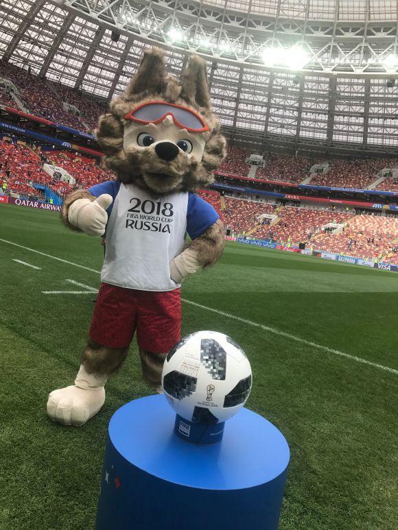 Robbie Williams đốt nóng sân vận động, khai mạc World Cup 2018 - ảnh 12