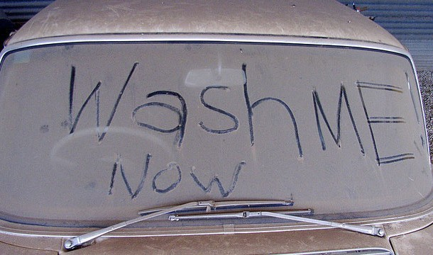 7 điều tưởng như bình thường nhưng sẽ khiến bạn gặp rắc rối ở Nga: Cấm mặc quần lót ren, lười rửa xe sẽ bị phạt tiền - Ảnh 3.
