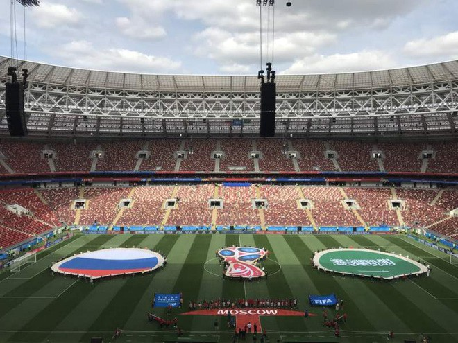 Robbie Williams đốt nóng sân vận động, khai mạc World Cup 2018 - ảnh 21