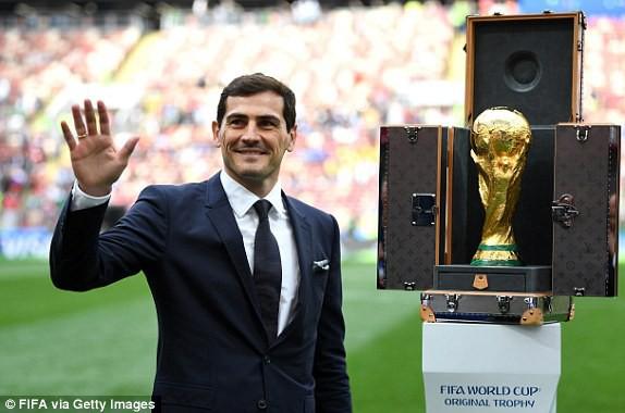 Robbie Williams đốt nóng sân vận động, khai mạc World Cup 2018 - ảnh 8