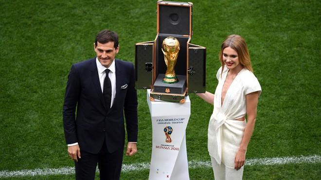 Robbie Williams đốt nóng sân vận động, khai mạc World Cup 2018 - ảnh 9
