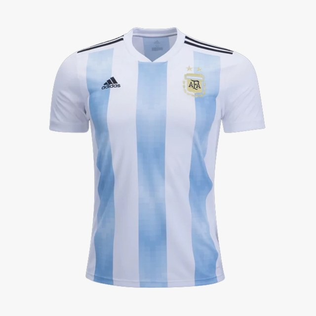 Cả thế giới dự đoán ngôi vô địch World Cup 2018, Vogue thì chọn ra Top 9 đội tuyển có đồng phục đẹp nhất! - Ảnh 4.