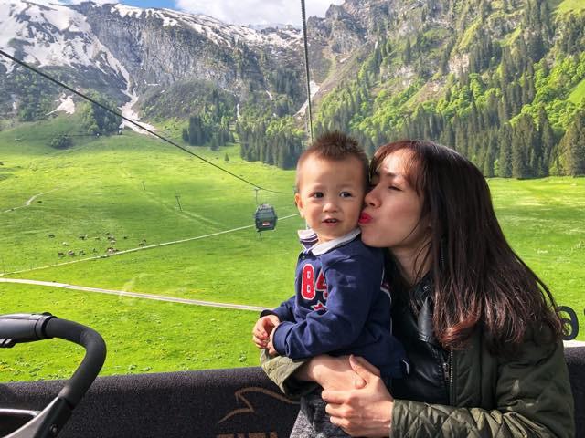 Gặp ông bố một mình lái xe 4.500km đưa 2 con và vợ chu du 9 nước Châu Âu trong 21 ngày - Ảnh 18.