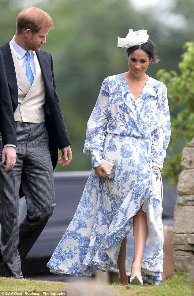 Đám cưới đặc biệt nhất hôm nay: cô dâu đeo vương miện của công nương Diana, Meghan Markle diện váy gần trăm triệu tham dự - Ảnh 7.