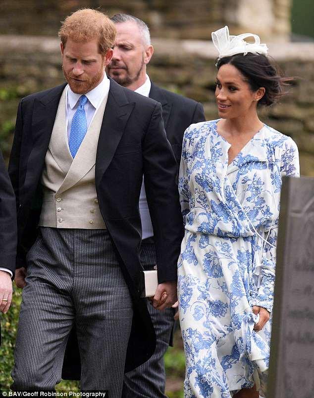 Đám cưới đặc biệt nhất hôm nay: cô dâu đeo vương miện của công nương Diana, Meghan Markle diện váy gần trăm triệu tham dự - Ảnh 5.