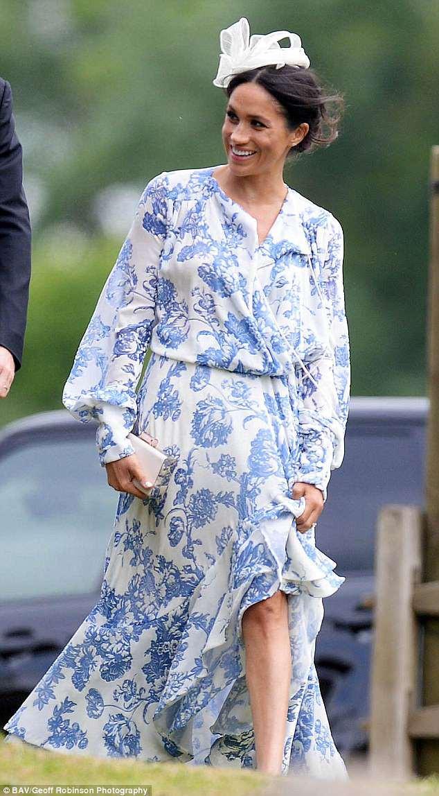 Đám cưới đặc biệt nhất hôm nay: cô dâu đeo vương miện của công nương Diana, Meghan Markle diện váy gần trăm triệu tham dự - Ảnh 6.