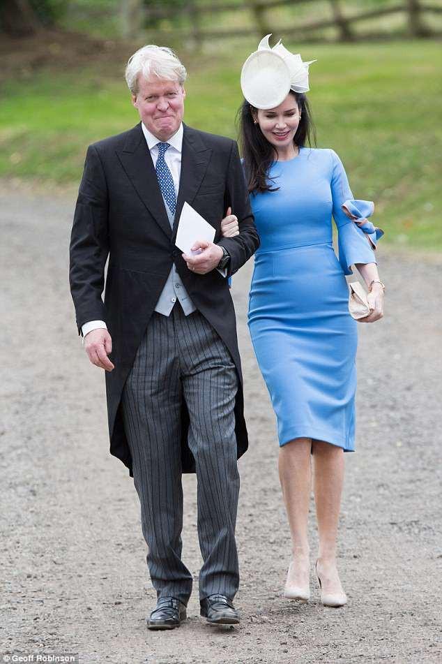 Đám cưới đặc biệt nhất hôm nay: cô dâu đeo vương miện của công nương Diana, Meghan Markle diện váy gần trăm triệu tham dự - Ảnh 11.