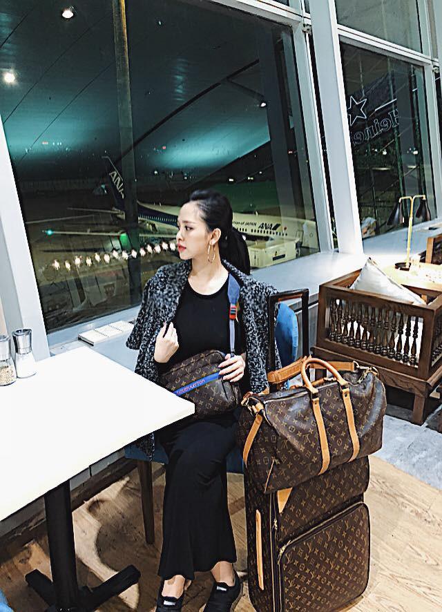 Ơn giời, cuối cùng vợ chồng Trang Pilla cũng dẫn con gái Bảo Hân đi chơi cùng sau bao ngày trốn con vi vu rồi - Ảnh 8.